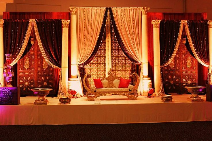 Latest pakistani mehndi stage designs mehndi stage for Arab wedding stage decoration