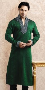 Colorful-Kurta-For-Men-To-Wear-At-Mehndi-Function-017