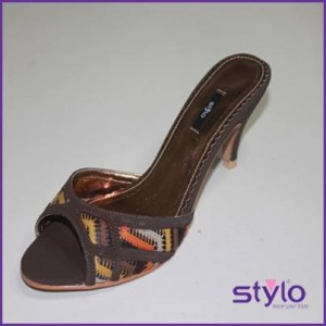 Ladies-Wear-Eid-Footwear-Collection-2013-By-Stylo-Shoes-05