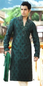 Latest-Mehndi-Kurtas-For-Men-2014-1