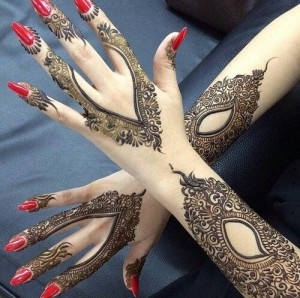Latest-Pakistani-Mehndi-Design-2015 (1)