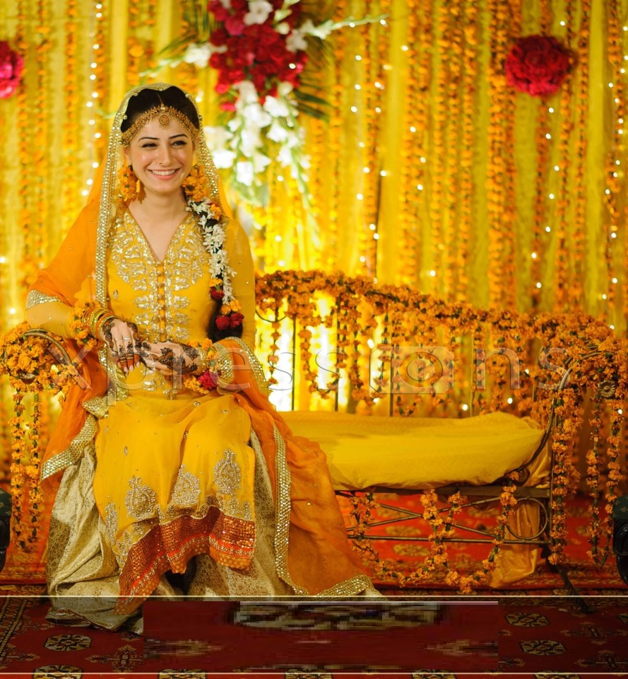 Mehndi-Makeup-for-perfect-brides-04