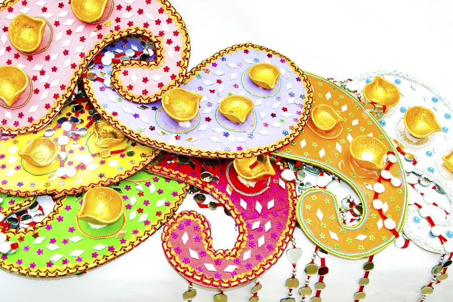 Mehndi Thaals And Plates Decoration Mehndi Plates
