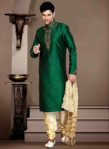 Most-Dazzling-Fancy-Mehndi-Kurtas-2015-for-Men-1