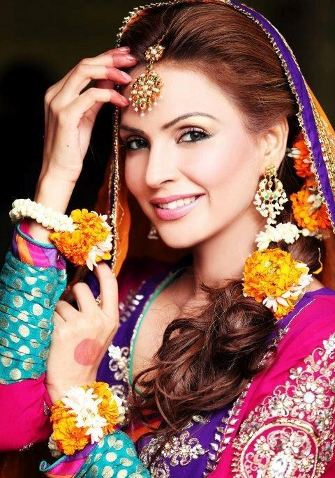 Pakistani-Bridal-Makeup-For-Mehndi-Function-002