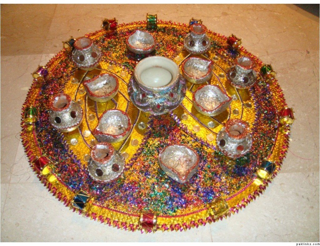Mehndi Plates Images : 22 wonderful mehndi thaals henna plates makedes.com