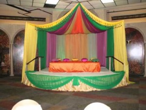 Beautiful Designs for Mehndi Stage
