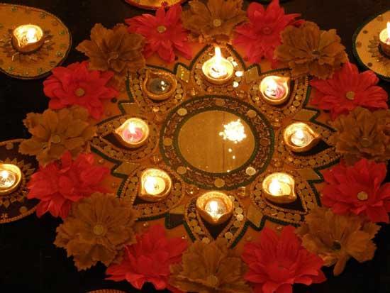 Mehndi Thaals : Mehndi thaals and plates decoration decorations