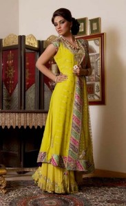 mehndi-dresses-for-summer-halfsleeves