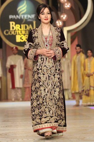Deepak_Perwani_Collection_at_PBCW_2013_Day_3