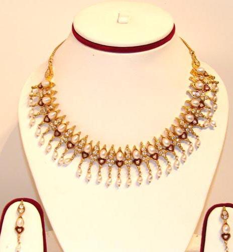 Pakistani Gold Jewelry Designs Images