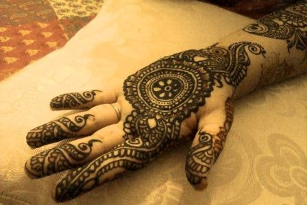 Mehndi-Designs-Book-Arabic-Mehndi-Design-For-Hands-10