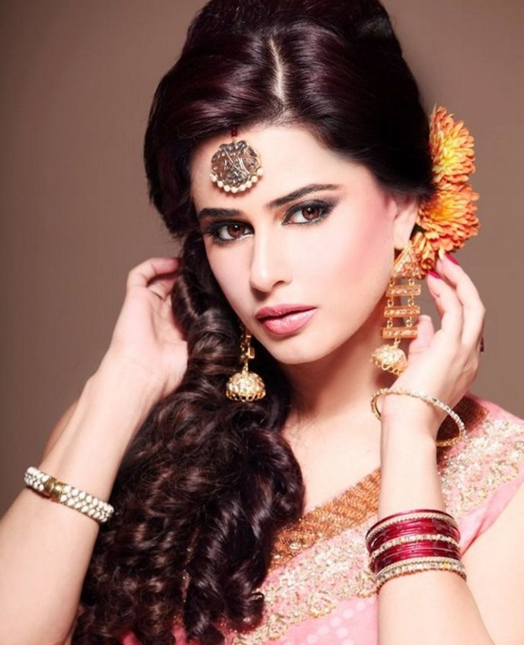 pakistani wedding hairstyles for long hair - top pakistan