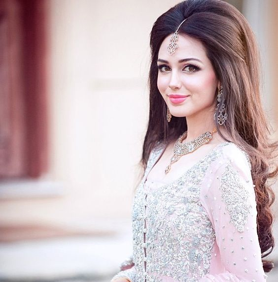 Pakistani-Bridal-Hairstyles-2015