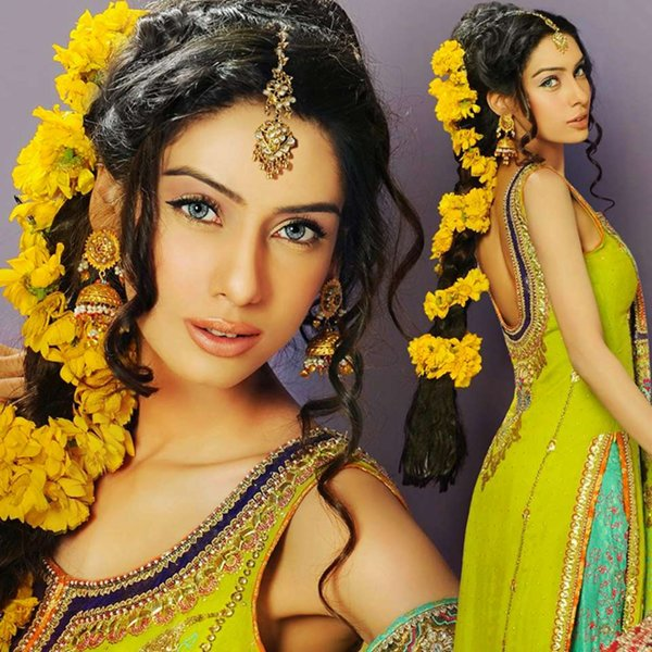 Pakistani-Hairstyles-For-Mehndi-Function-2014-002