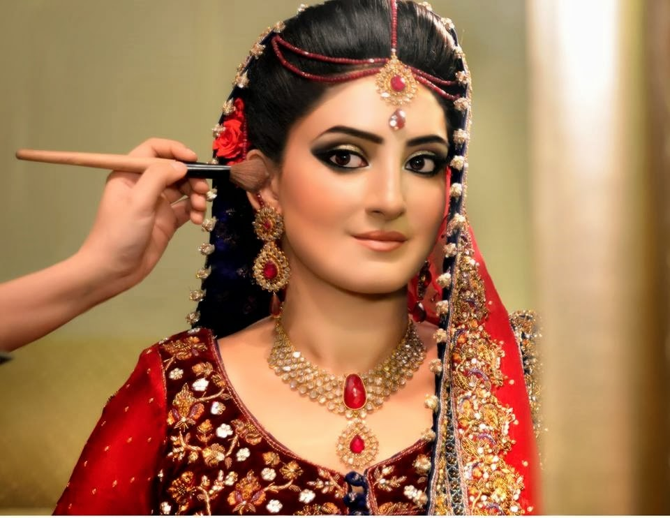 bridal make up 17