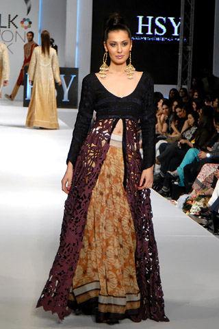 hsy_at_pfdc_sunsilk_fashion_week_2011_lahore