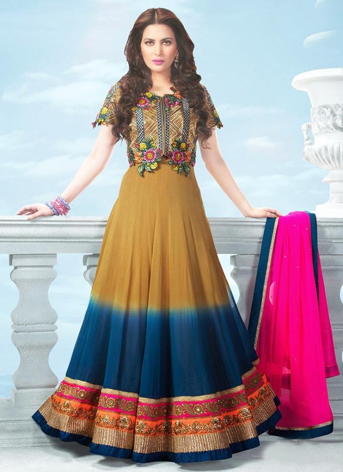 latest-bridal-mehndi-dresses-61