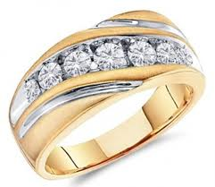 men-engagement-rings-gold