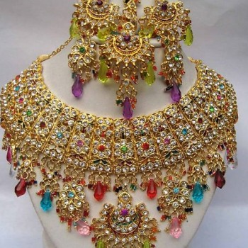 pakistani-bridal-gold-jewellery-designs-12-350x350