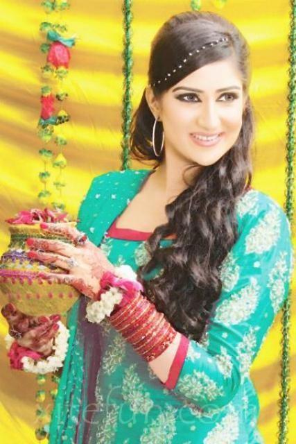pakistani mehndi hairstyles 3