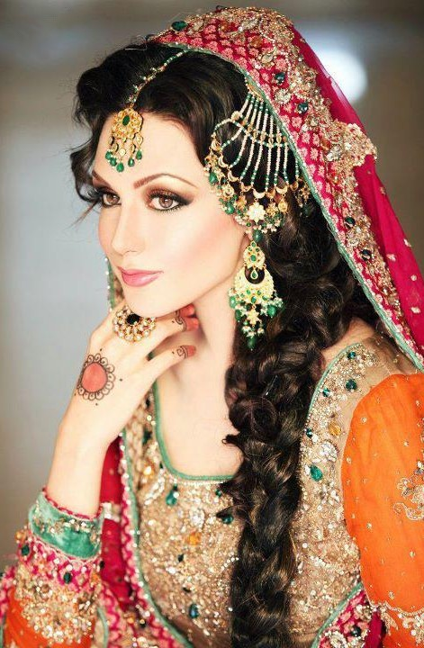 pakistani mehndi hairstyles latest