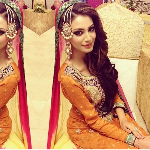 New Mehndi Hairstyle For Long Hair