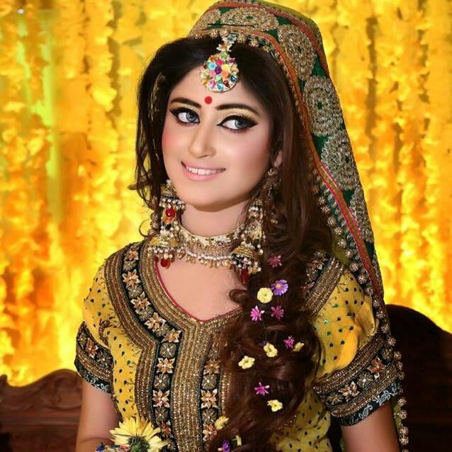 pakistani mehndi hairstyles stylish