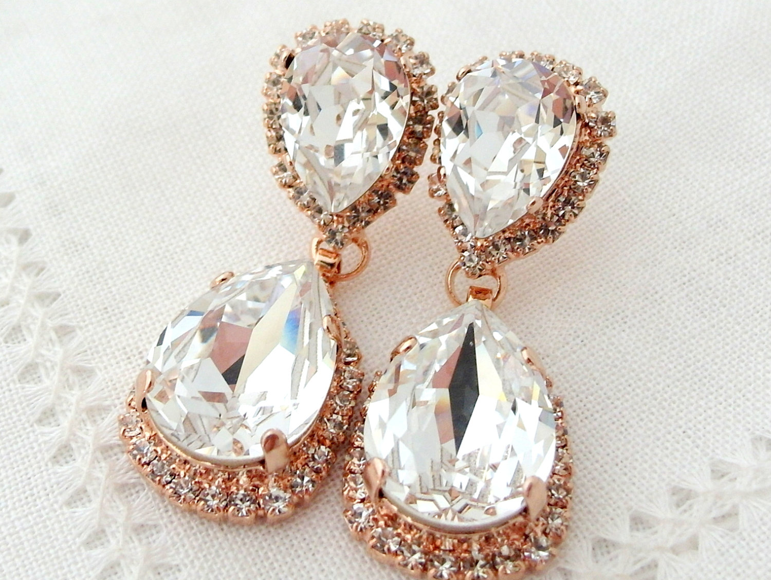 Stylish And Elegant Bridal Earrings Collection