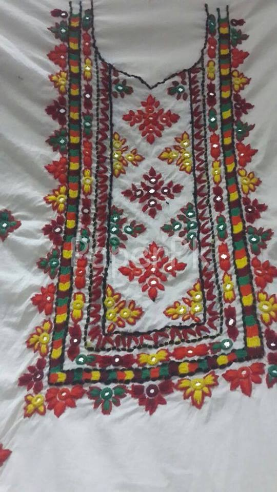 sindhi embroidery design 17