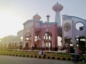 Aladdin water park karachi