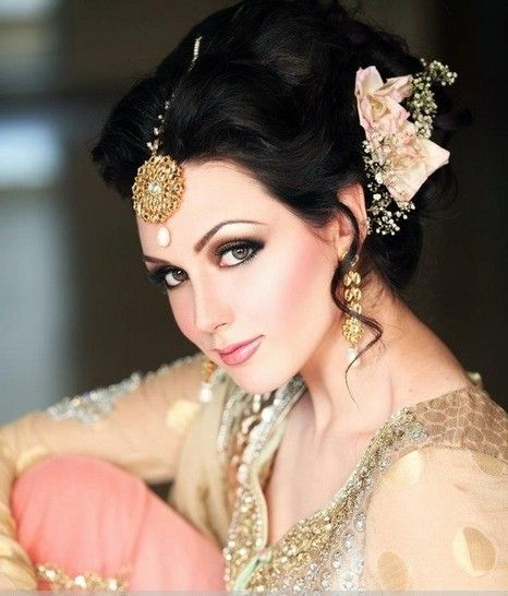 Pakistani Wedding Hairstyles For Short Hair