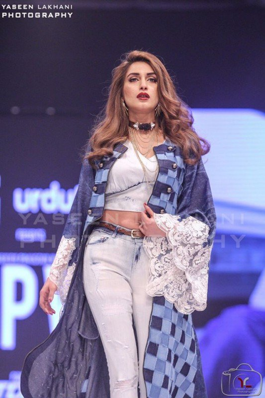 After-a-long-time-Iman-Ali-walked-on-Ramp-at-FPW16-Day-3-2-533x800