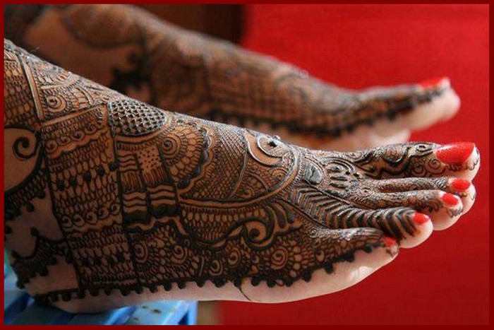 easy Mehndi Designs For Legs