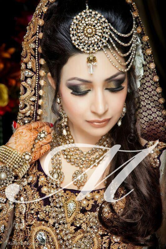 Bridals Fashion Makeup 2013 By Madeeha's Salon Fashionsdresstyle.blogspopt (3)