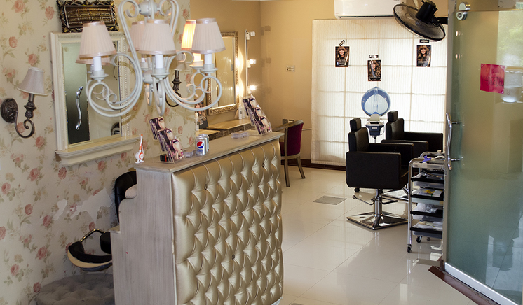 Glow beauty salon and spa lahore