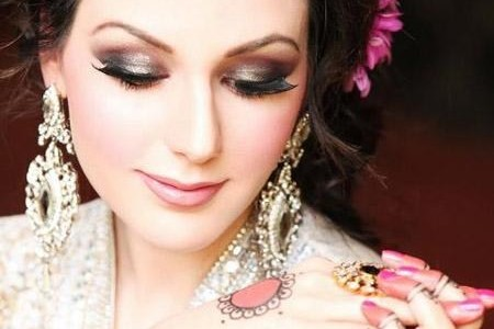 Eid-Makeup-Tips-And-Guide-450x300