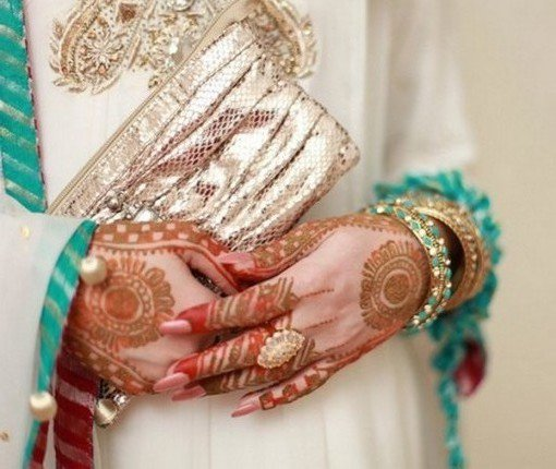 Engagement-Mehndi-Designs-2014-For-Women-001