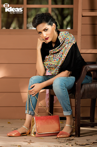 Gul-Ahmed-Shoes-&-Bags-Winter-Designs-2015-16 Clothing9 2