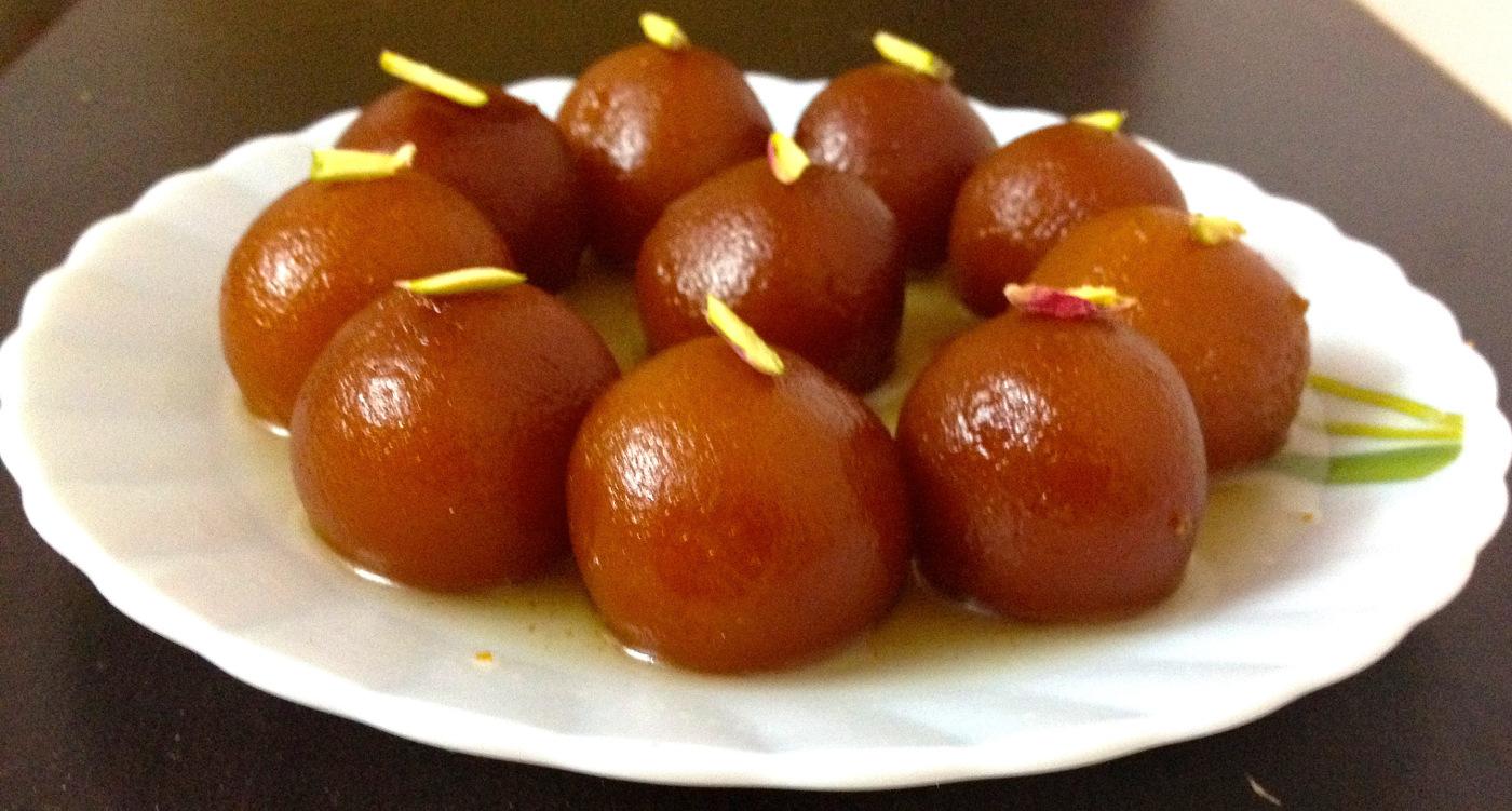 Gulab-Jamun