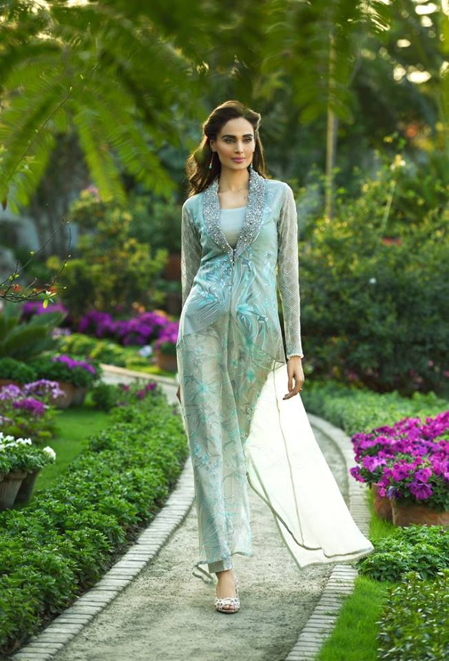 Ittehad-Summer-Lawn-Dresses-Collection-2016-By-Nilofer-Shahid-2