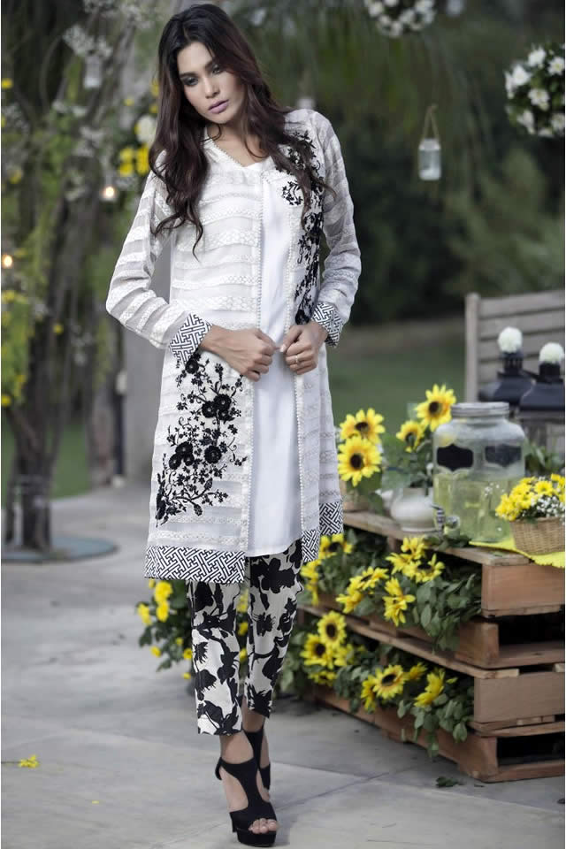 MARIA_B_Winter_Evening_Wear_Collection_12