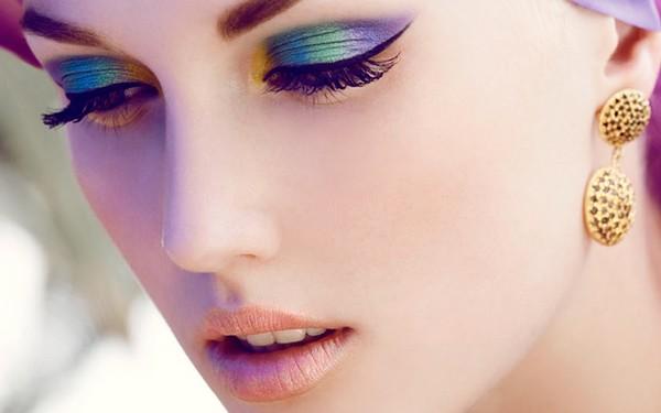 Make-Up-Tutorials-For-Blue-Eyes
