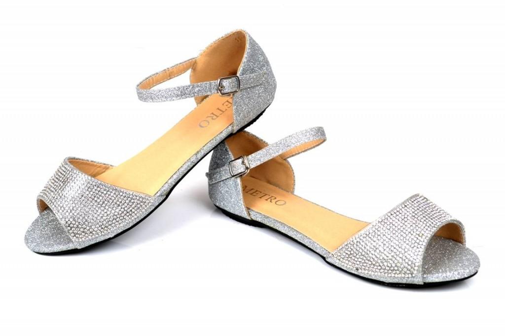 Metro-Shoes-Eid-ul-adha-wear-Collection-2015-2016-1