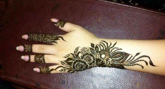 New-Arabic-Mehndi-Designs-for-Eid-2014-2