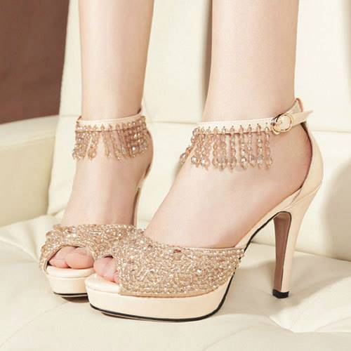 New-and-Latest-Designs-of-Bridal-Shoes-2016-1