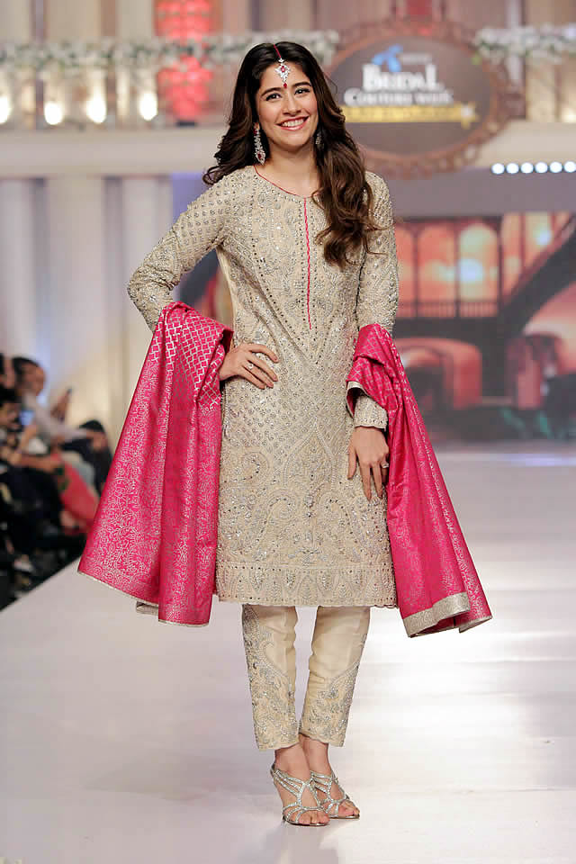 Sana_Abbas_Collection_Telenor_Bridal_Couture_Week_2015_16