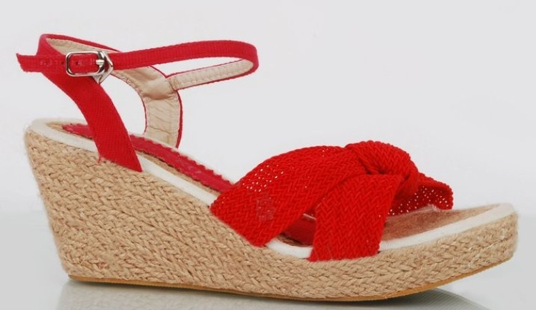 Stylo-Shoes-Eid-Collection-2014-2015-For-Women