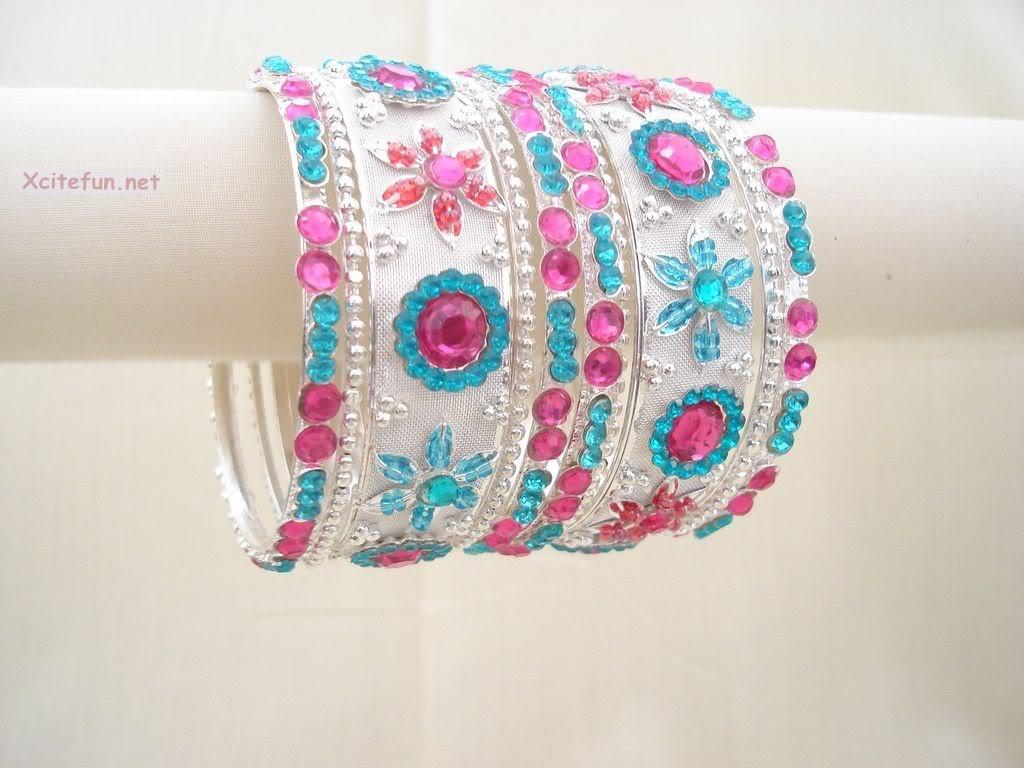 Wallpapersxl Indian Bridal Xcitefun Traditional Dress Jewelry Kanch Ki Chooriyan For Excitefun Girls 189440 1024x768