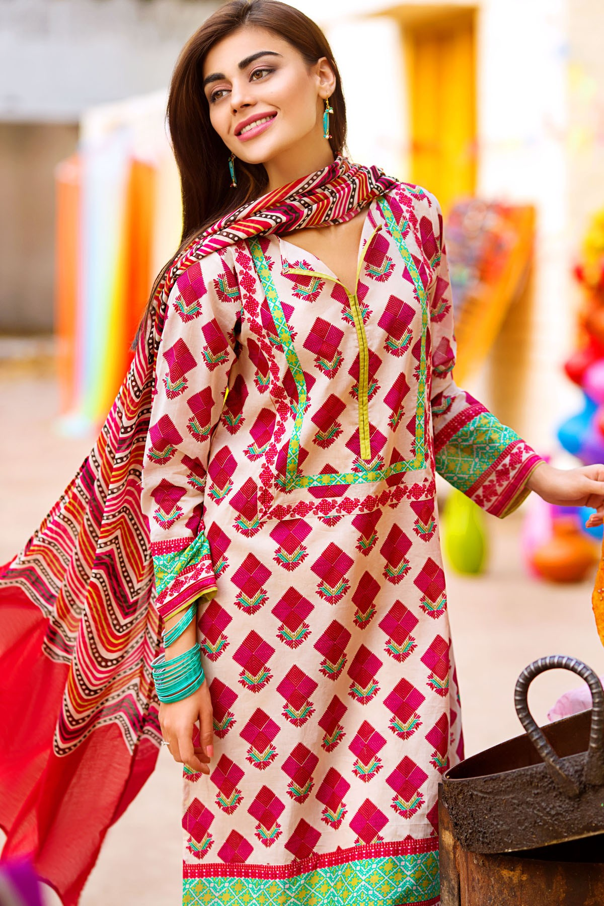 Latest Designs Khaadi Lawn 2016 Collection - Top Pakistan